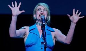 Martina Zinner beim Improvision Song Contest