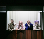 """erinnya"", Schauspielhaus Graz. Nico Link, Susanne-Konstanze Weber, Alex Deutinger, Martina Zinner © Lupi Spuma / Schauspielhaus Graz"